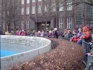 Schnutes Geburtstag, Besucher am Berliner Bärenzwinger