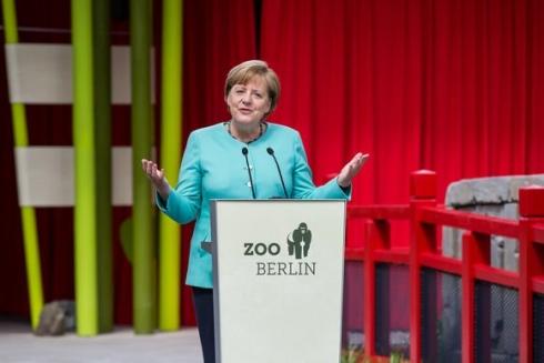 Bundeskanzlerin Dr. AngelaMerkel spricht am Panda Garden © Zoo Berlin