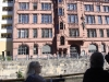 Nikolaiviertel Kurfürstenhaus mit Berliner Bär über dem Eingangstor © Christa Junge