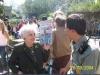 040829-Frau Selma Weiss Argentinierin mit Zoo Mitarbeiter © Club Berlin Buenos Aires