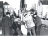 1961 Aufstellung des Berliner Meilensteines © Untere Denkmalbehörde Oelde