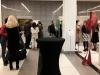 Besucher der Ausstellung  © Christa Junge